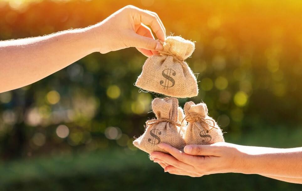 Яка мінімальна зарплата в Україні?