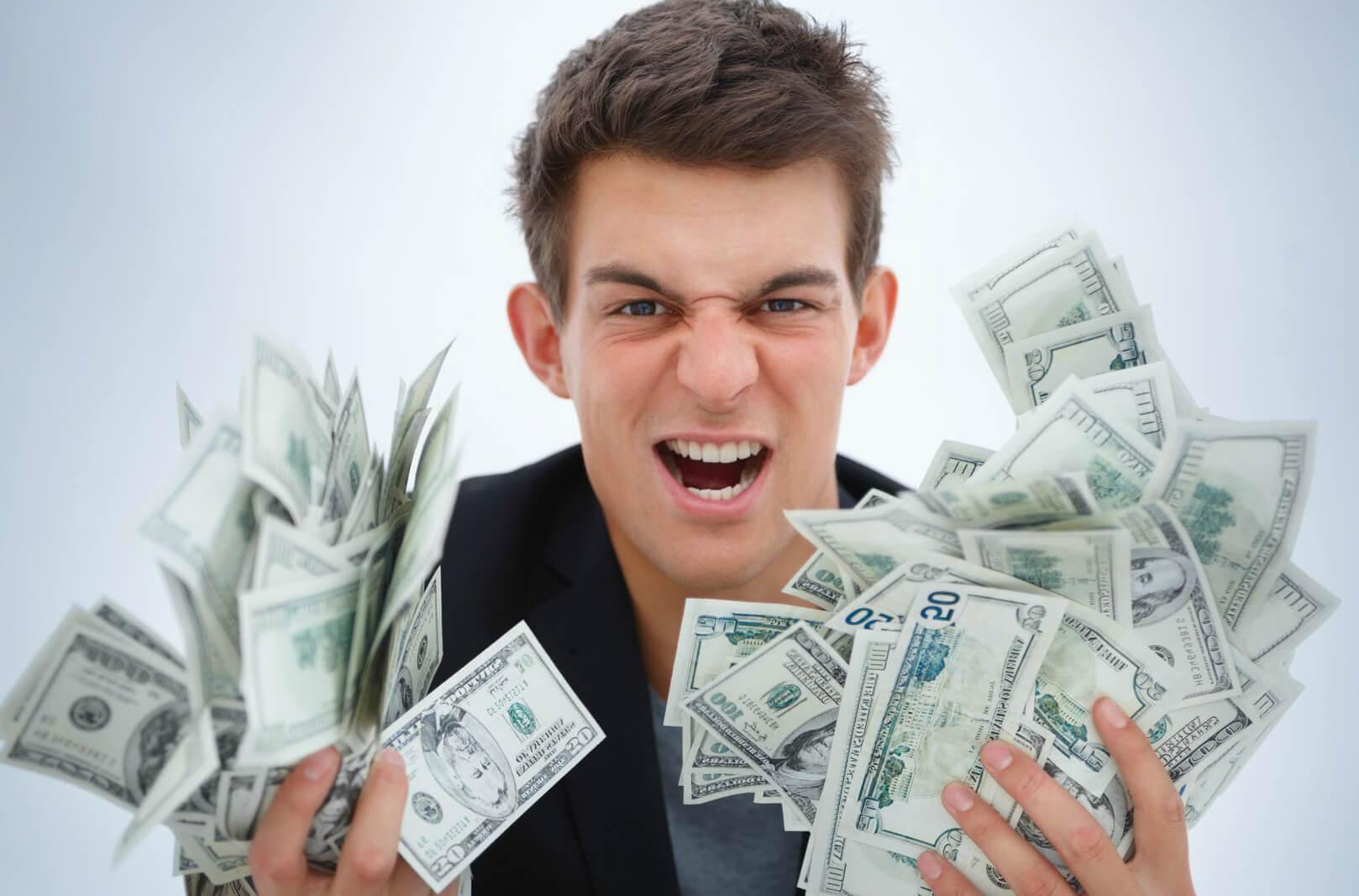 Как взять кредит наличными, чтобы не остаться должником?
