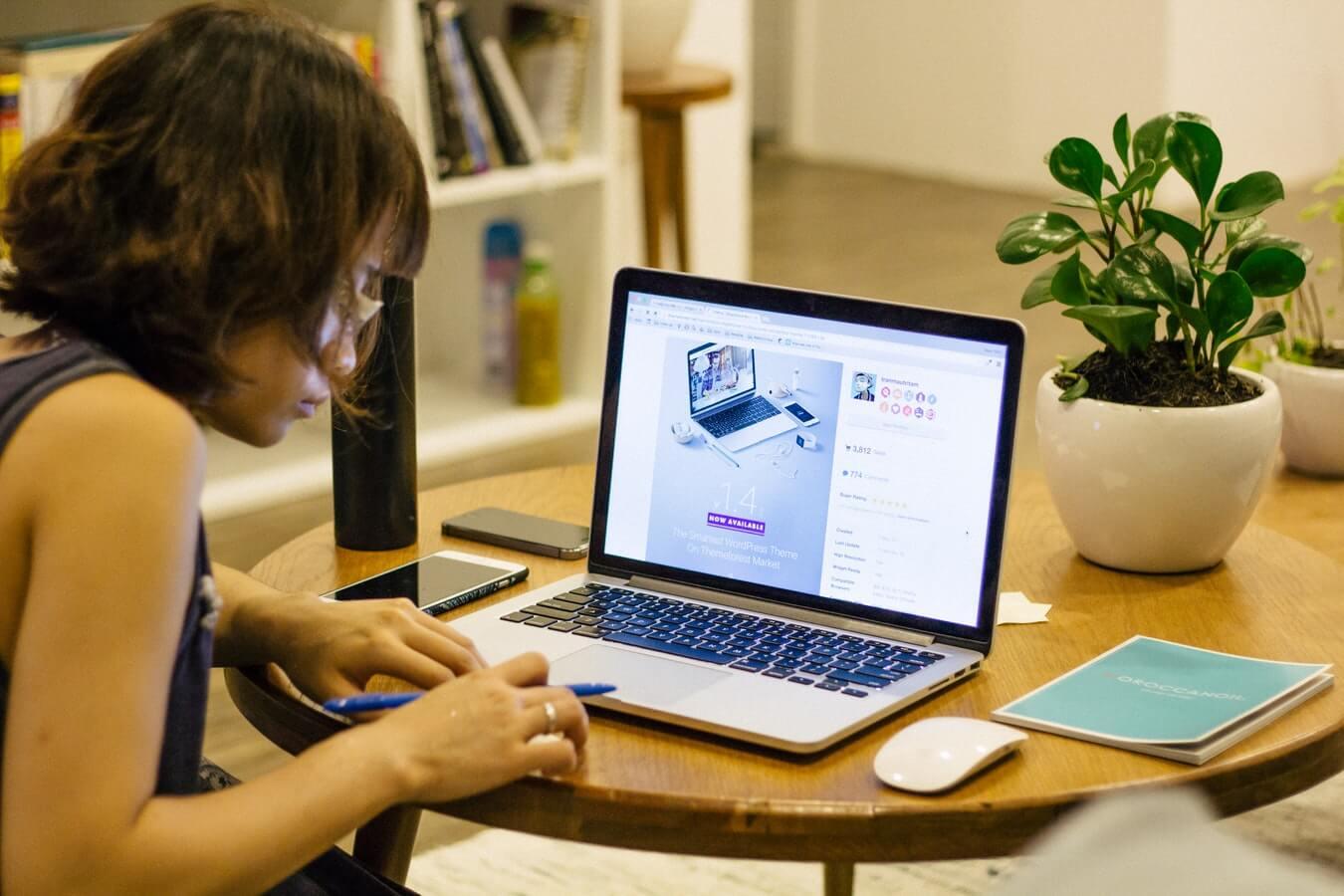 Як знайти роботу в Інтернеті без обману?