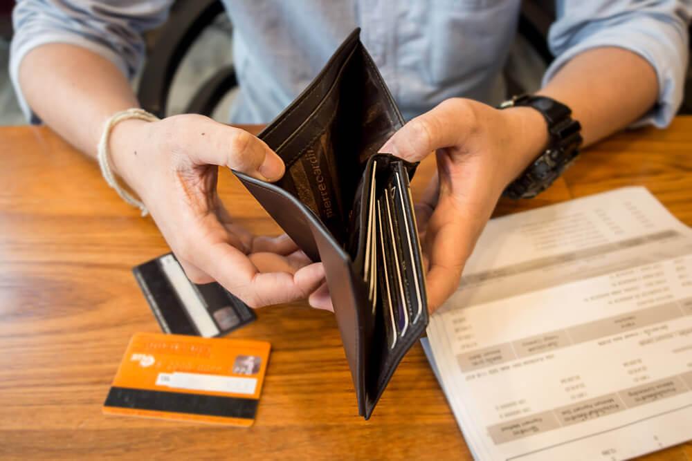 Как используют микрокредиты жители Европы и США?